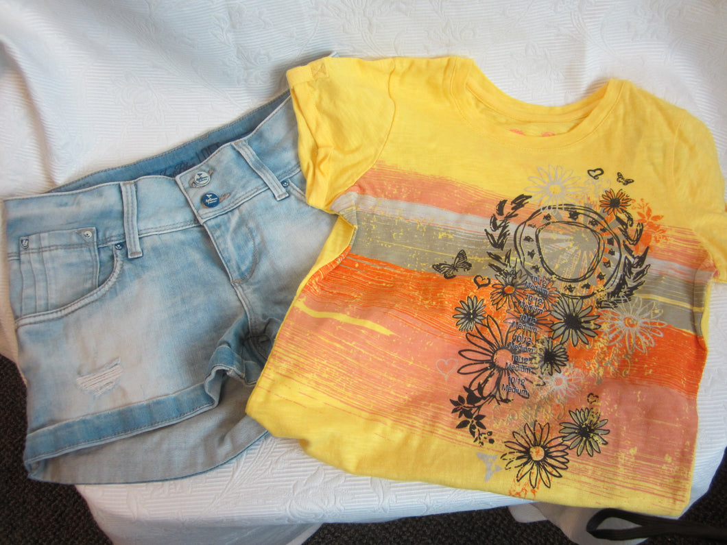 Kids - Girls Bundle - Short and T-Shirt - New - Size 10-12               2/3A