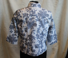 Load image into Gallery viewer, Draper's & Damon's - Blue/White - Women's 3/4 Sleeve Jacket - Size PM  2/10 A