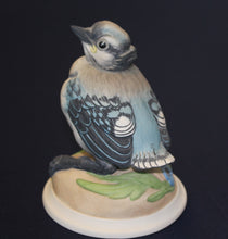 Load image into Gallery viewer, Boehm Porcelain Figurine - Baby Blue Jay   1/13 A