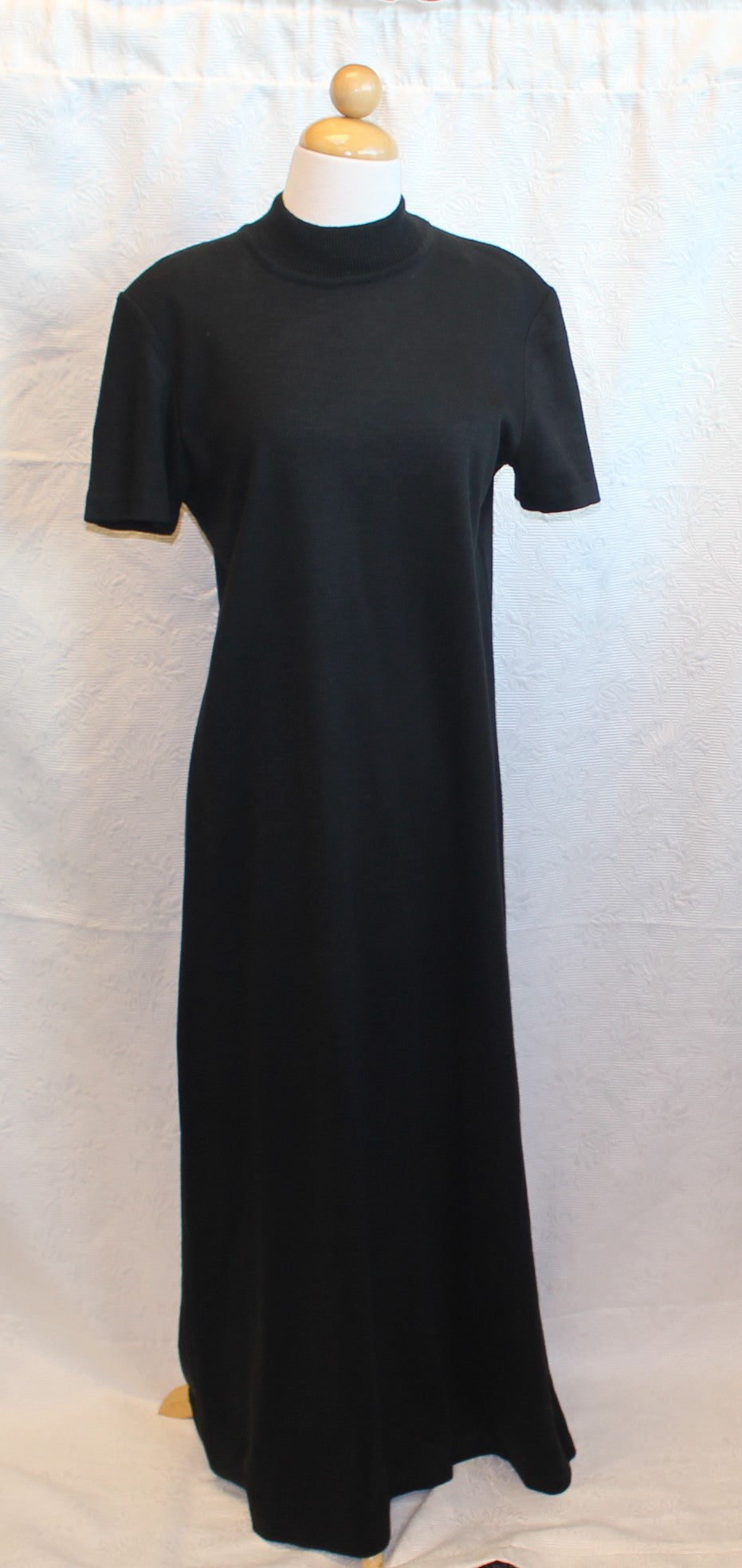 Women's Full Length Dress                   M                                                  3/3B