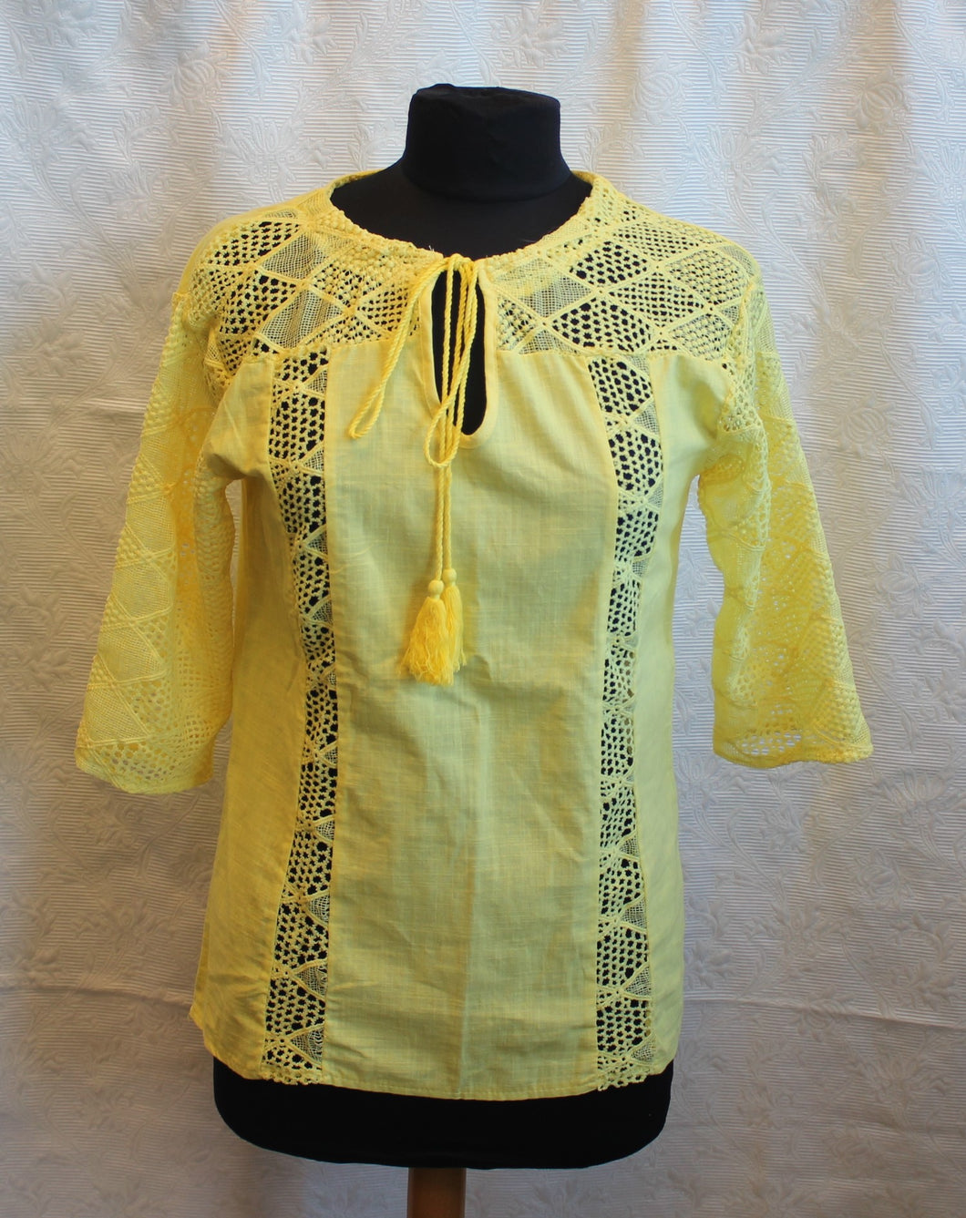 Women's Blouse - Long Sleeve - Yellow  Size 12   3/17A