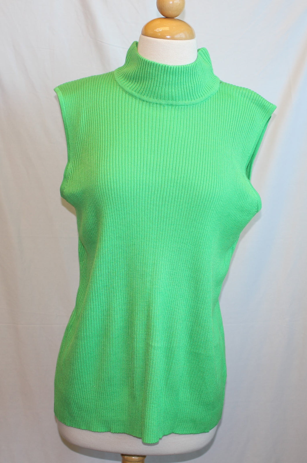 Women's Sleeveless Turtle neck Sweater                   M                           3/31A