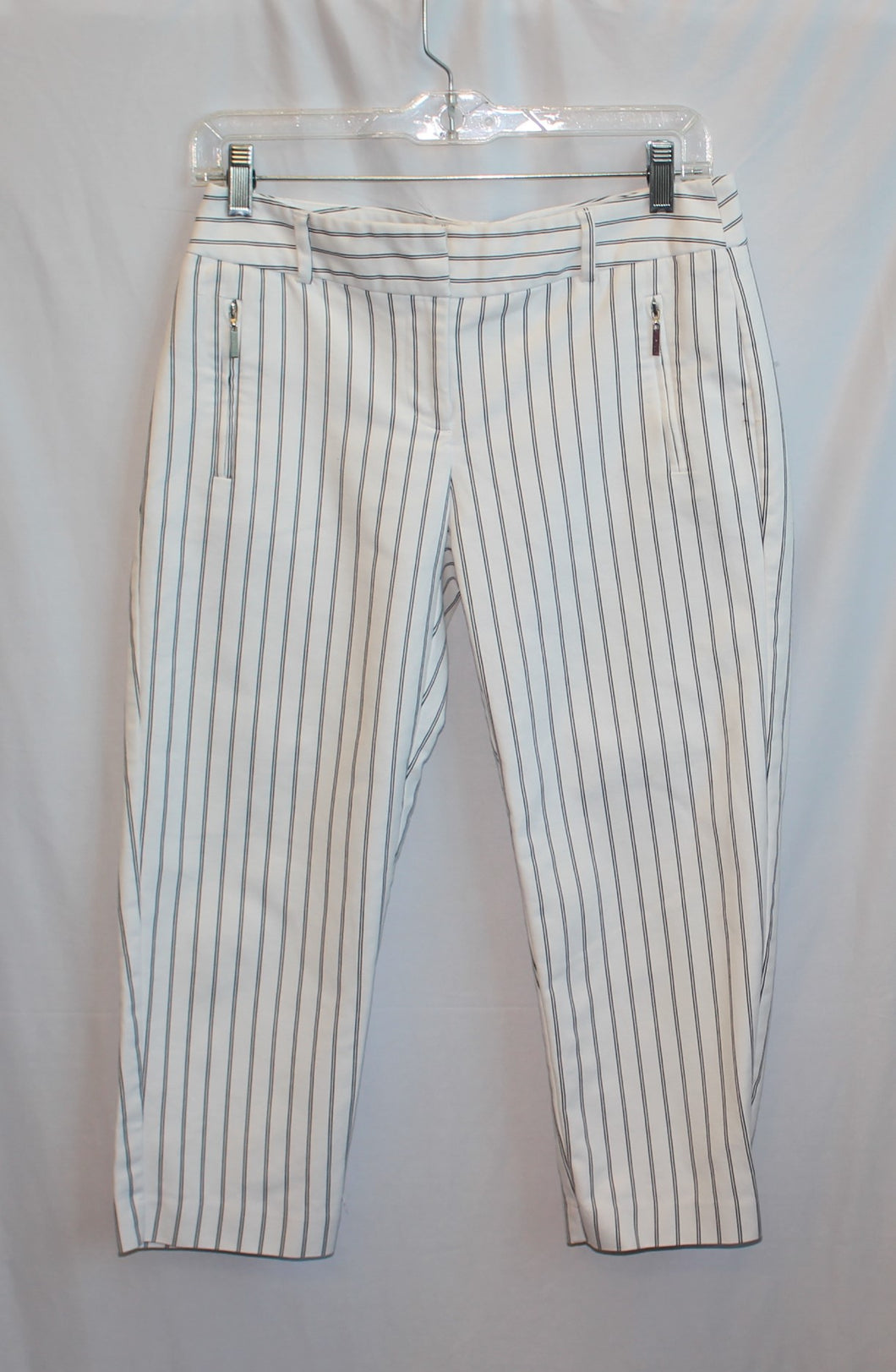 Women's white with black stripes pant       Size 4       3/31B