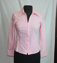 Load image into Gallery viewer, Women's pink blouse                        Size S                  4/21A