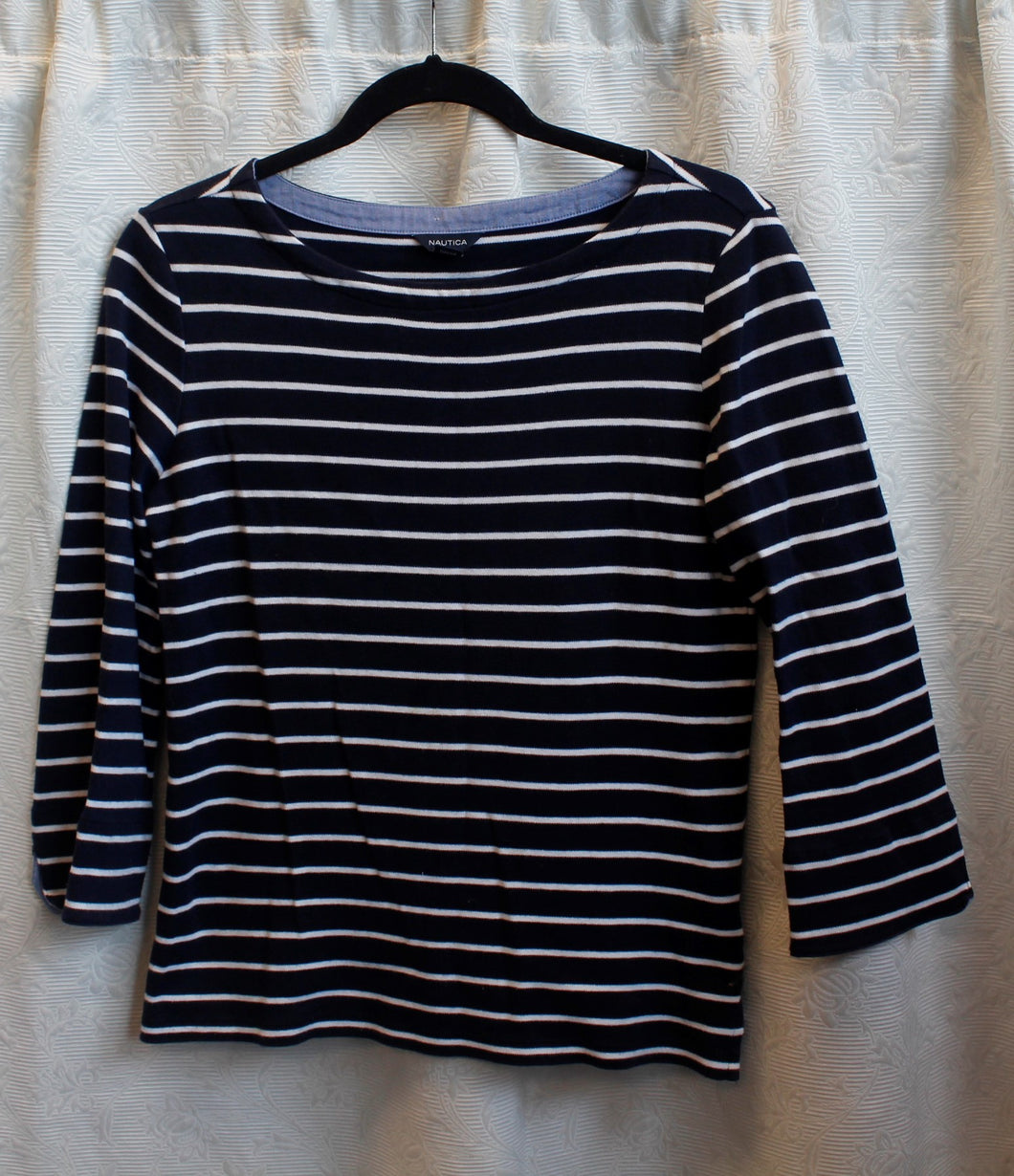 Women's Navy/White Stripes Tshirt                      S                                   1/13C