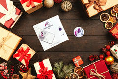 Holiday gifts for coworkers best Christmas gift for business professionals digital business card Social Master Pop collapsible phone grip digital business card NFC technology