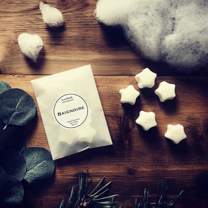 Baignoire Pine & Jasmine Scented Soy Wax Melts In Waxed Bag - Lumos Apothecary. Soy Wax Candles UK