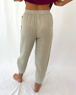 Load image into Gallery viewer, Slim Linen Pant in Oatmeal