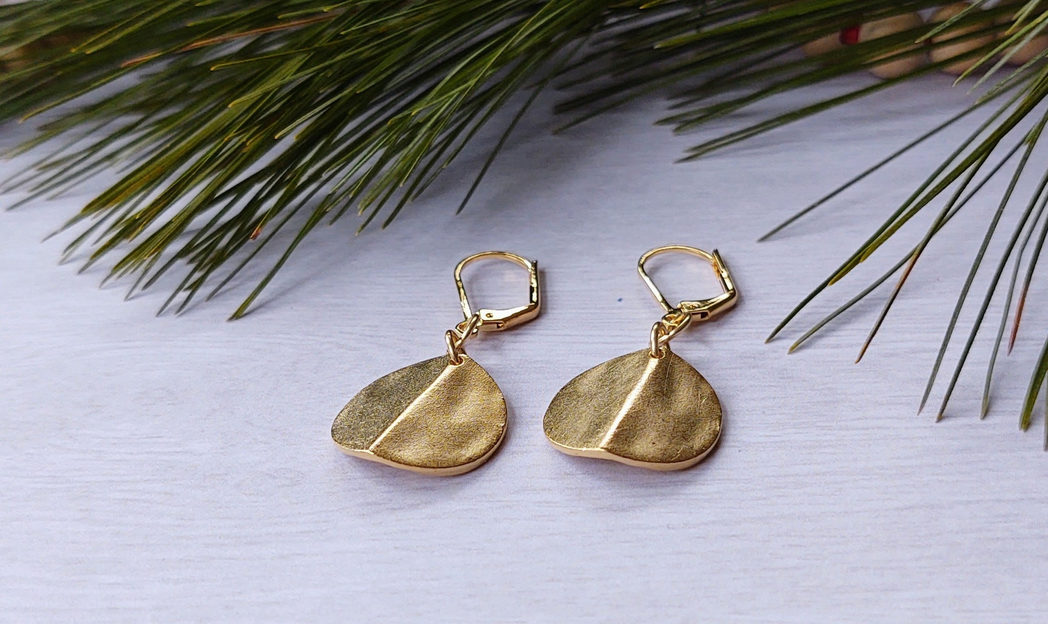 Gold Bent Circle earrings