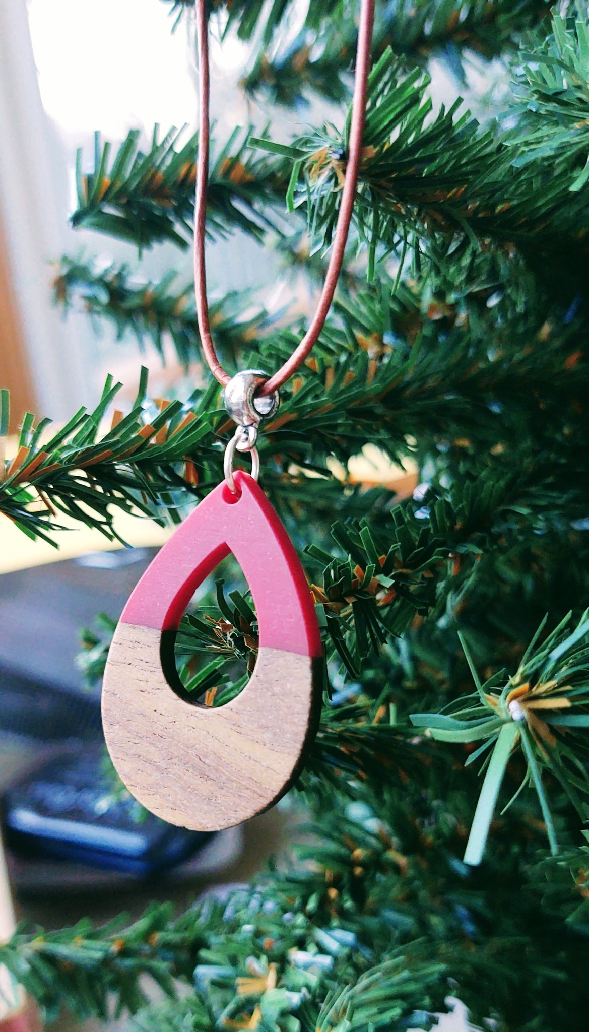 Red and Wood teardrop necklace