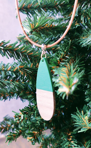 Green and Wood necklace