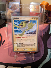 Load image into Gallery viewer, World Championships 2008 Jolteon Gold Star 101/108 LP