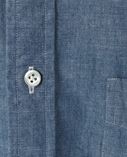 Load image into Gallery viewer, 134 CASUAL SHIRT - UNTUCKED Button Down Chambray