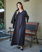 Load image into Gallery viewer, WOMEN MAXI DRESS V-Neck Jersey Knit