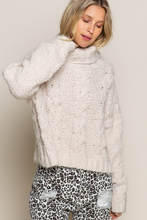 Load image into Gallery viewer, pol turtle neck mohair knit sweater
