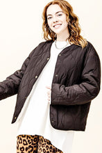 Load image into Gallery viewer, reversible quilted/teddy oversized jacket