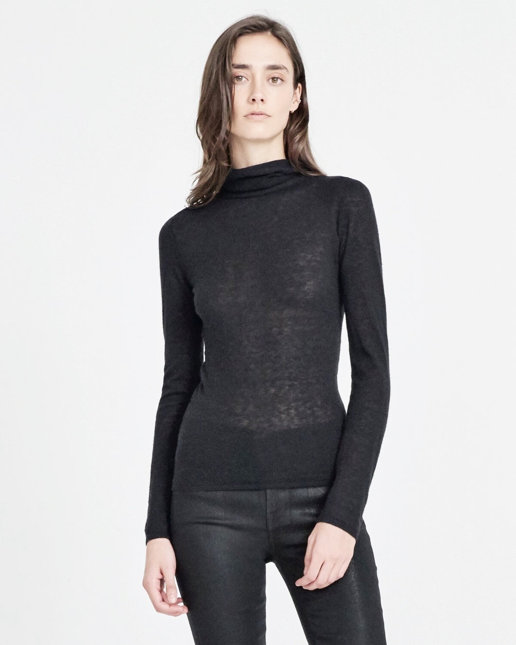 jbrand kinsley slim soft turtle neck