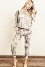 Load image into Gallery viewer, boho tie dye sweat pants
