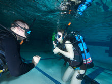 Load image into Gallery viewer, Padi Open Water Scuba Diver - Certification Course