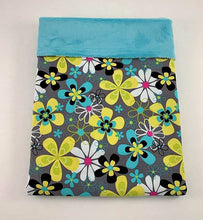 Load image into Gallery viewer, Baby Blanket - Flower Power