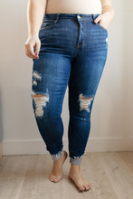 Load image into Gallery viewer, Nina Medium Wash Jeans