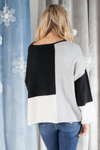 Load image into Gallery viewer, Minimal Pattern Sweater Black