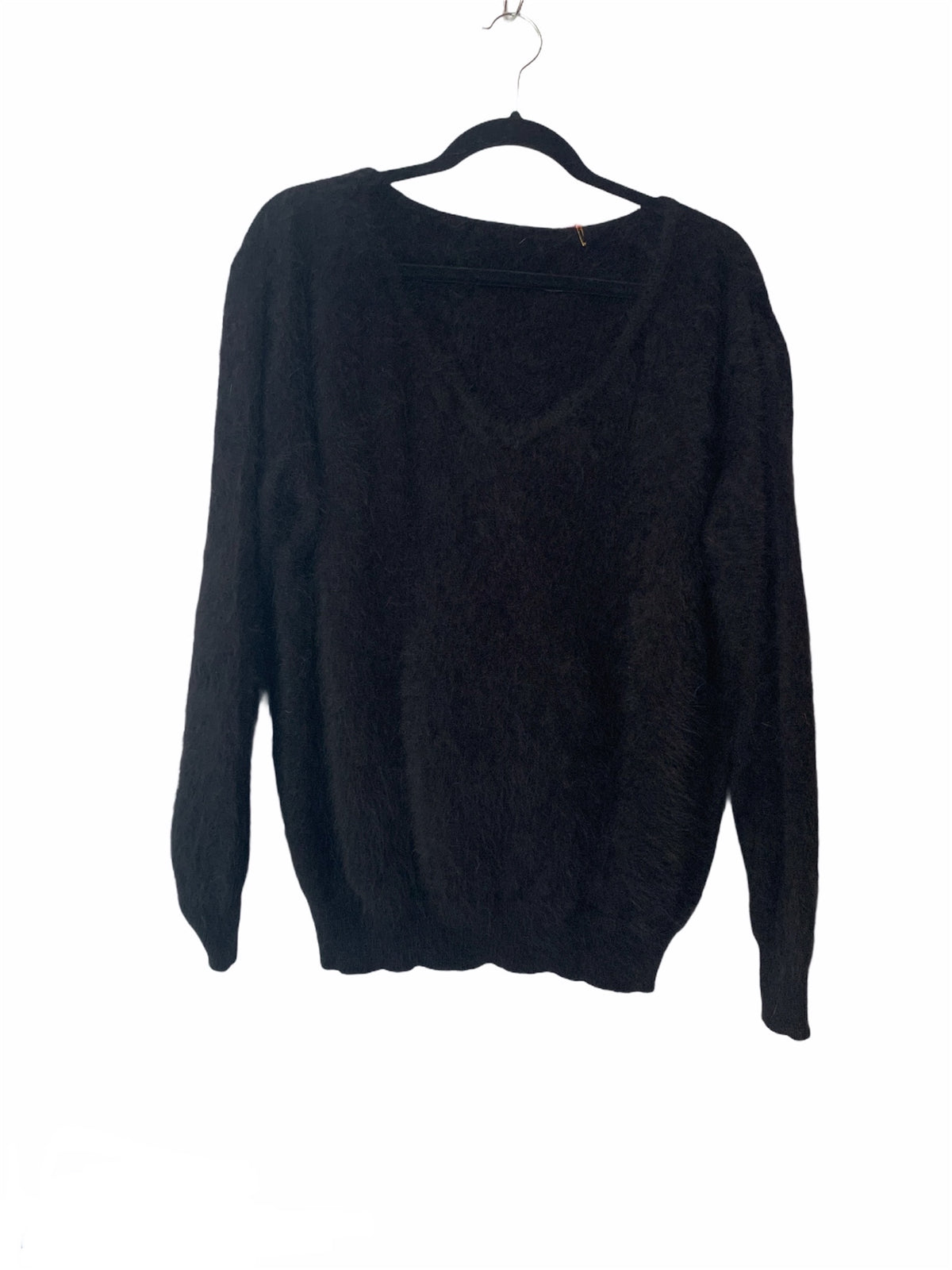 Knit U Neck Pullover Black