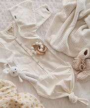 Load image into Gallery viewer, Baby Bonnet - Ivory