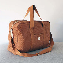 Afbeelding in Gallery-weergave laden, Quilted Mommy Bag - Brick
