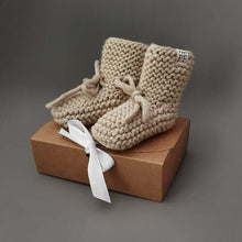 Afbeelding in Gallery-weergave laden, Baby - Knitted Booties - Oatmeal