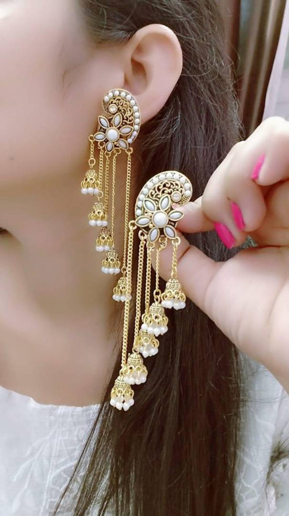 FIVE LAYER CHAIN GOLDEN BEAUTIFUL STUD CELEBRITY EARRING