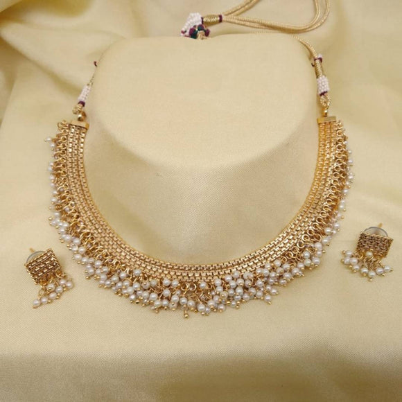 Latest Attractive Choker Jewellery Set