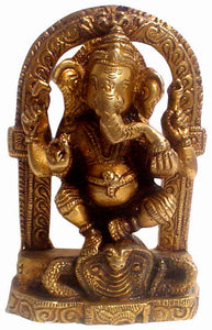 Crafts of India : Lord Ganesha standing on snake