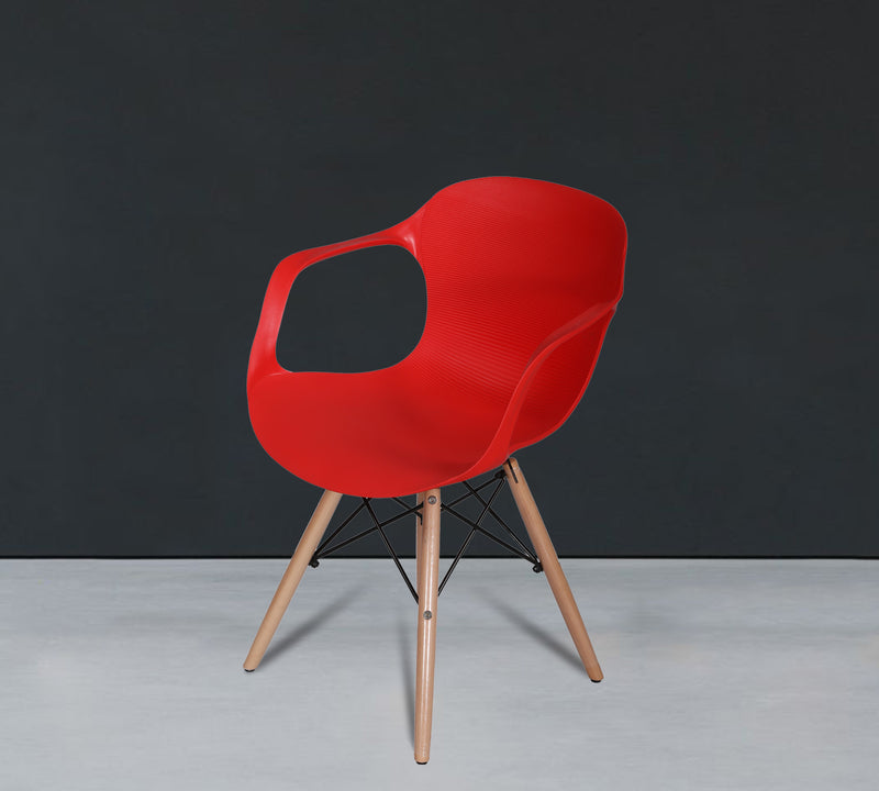 Pp cafe chair with wooden frame