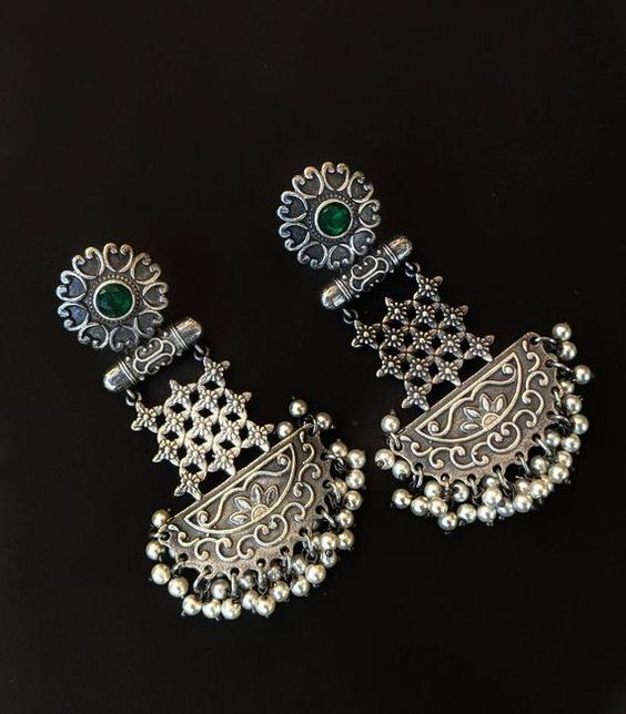 Antique silver look, high quality earrings