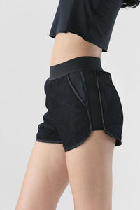 black hot short