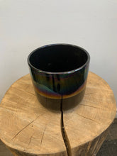 Load image into Gallery viewer, Black Iridescent Pot