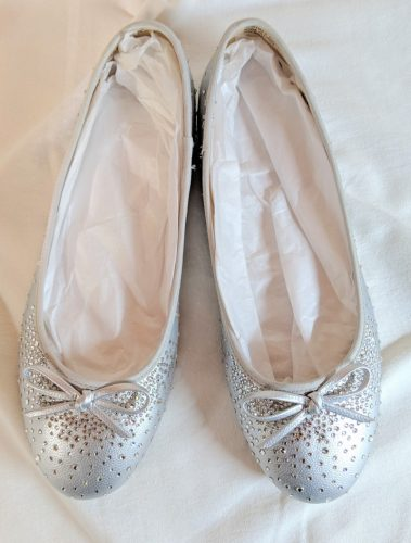 wedding shoes with crystal pumps
