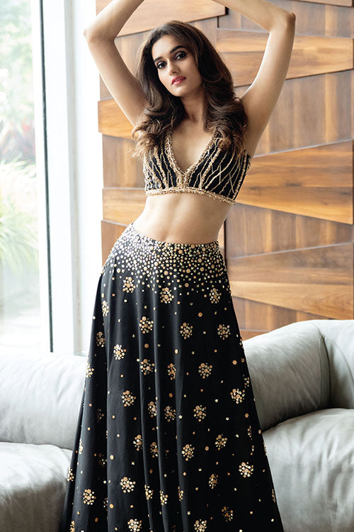 Chain Hand Embroidered Crop Top And Lehenga Set With Degredae Hand Beading