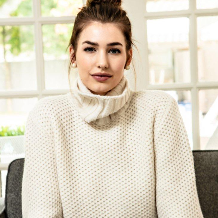 Cream Cashmere Turtleneck