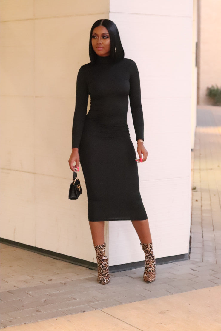 LONG SLEEVE MIDI DRESS - FINAL SALE