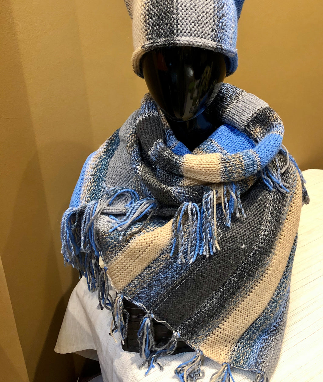 Winter striped scarf - blue