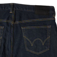 Load image into Gallery viewer, Edwin ED32  Slim Tapered Green Selvage Denim Blue Rinsed