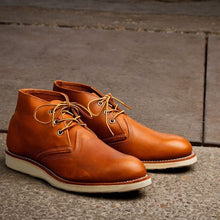 Load image into Gallery viewer, Red Wing Chukka Boots Tan 3140