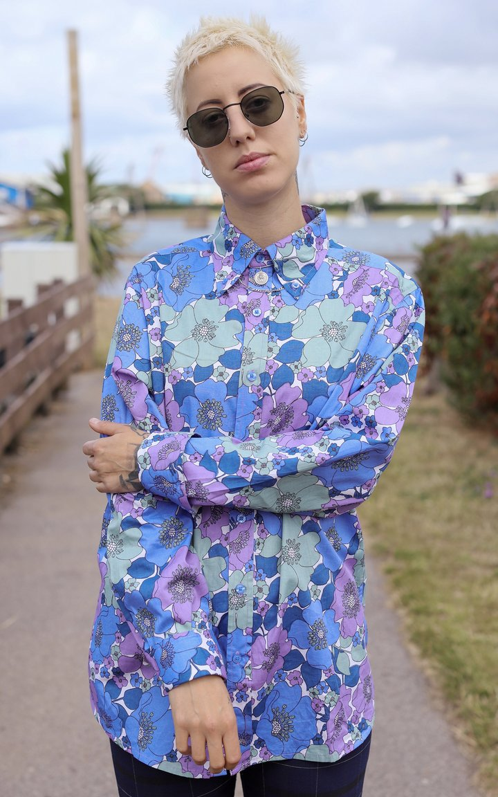 Run & Fly Retro Floral Shirt Purple & Blue