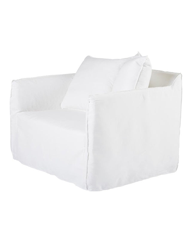 Montauk Slipcover Loveseat - White