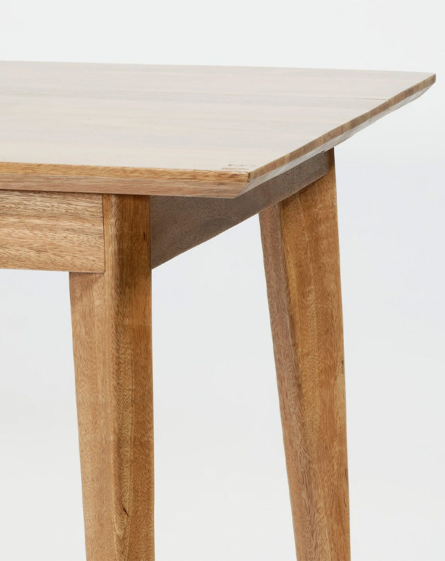 Marilyn Dining Table 160