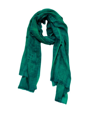 Stonewashed wool scarf (emerald)