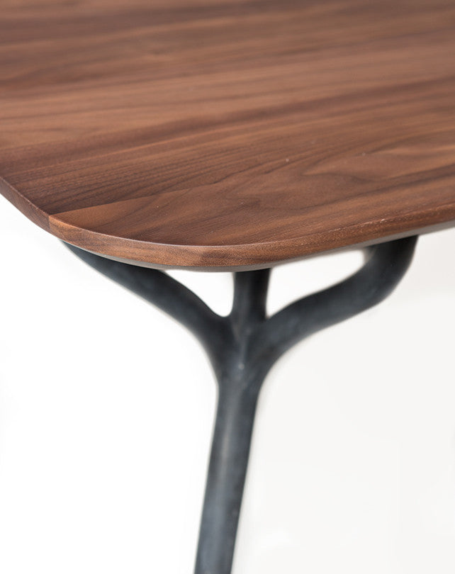 Talon 8s Dining Table