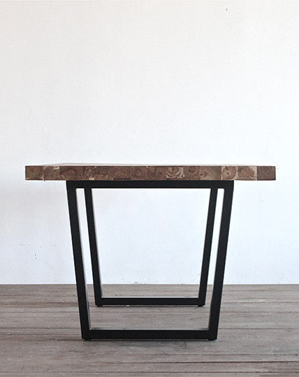 Tunnel Table (200)